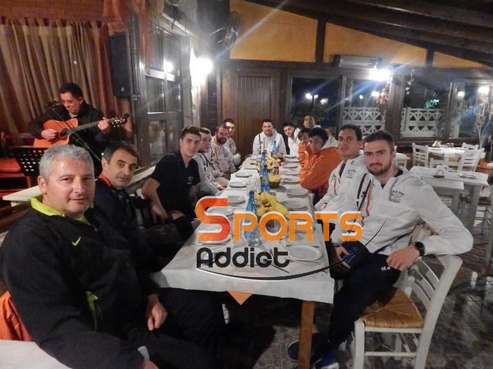 Στο «Σαν Παραμύθι» γευμάτισε η Νίκη Αιγινίου μία μέρα πριν το ματς με Εθνικό