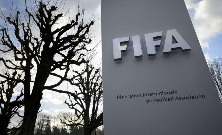 Απειλεί ανοιχτά με αποκλεισμό και Grexit την Ελληνική Ομοσπονδία η FIFA!