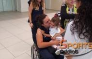Τα δάκρυα χαράς της «Σέμι» στο αεροδρόμιο «Δημόκριτος»! (+pics&vid)