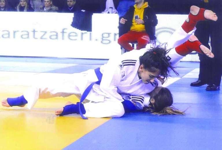 Χρυσό μετάλλιο για την Κομοτηναία Αλεξία Νταντουρή στο Πανελλήνιο JU-JITSU!