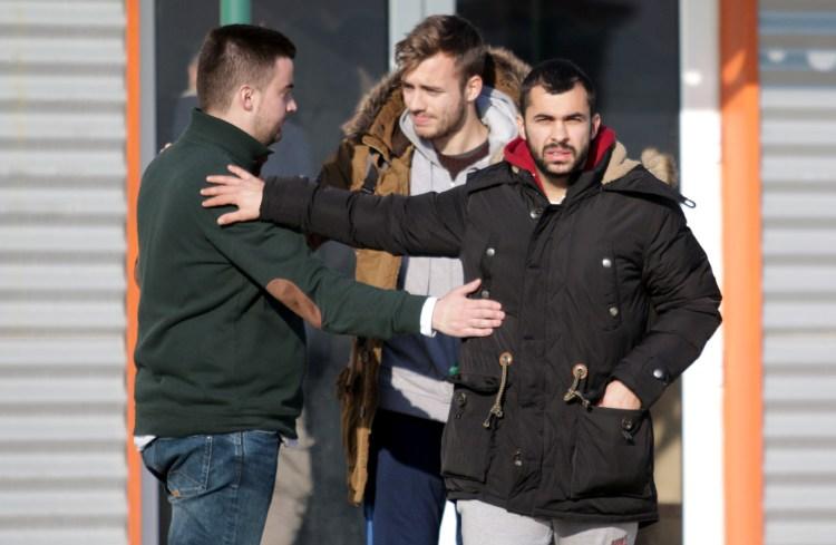 Δύσκολες ώρες για τους παίκτες του Πανθρακικού που πήγαν για τελευταία φορά στο γήπεδο (photos)
