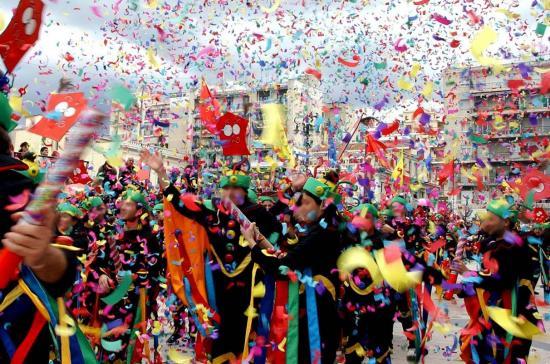 Έκτακτα δρομολόγια για τo καρναβάλι Ξάνθης απο την Καβάλα!