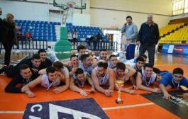 Πάει για κούπα το Ελληνικό Κολλέγιο του Αντώνη Ζαμπάκη! Πρόκριση στον τελικό των Σχολικών Λυκείων