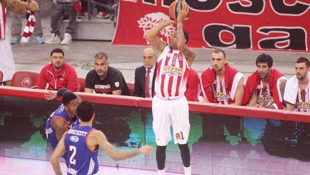 Ήττα στο φινάλε για τον Ολυμπιακό από την Εφές, ισοφάρισαν σε 1-1 οι Τούρκοι