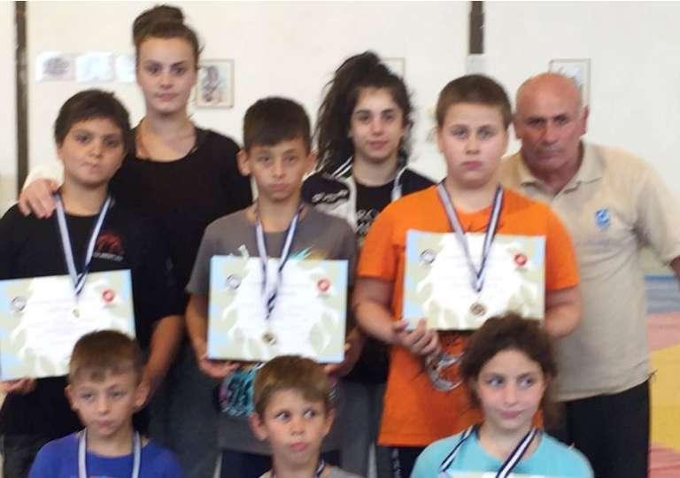 Με μετάλλια και επιτυχίες επέστρεψε από τη Θεσσαλονίκη το Δημοκρίτειο Κομοτηνής!
