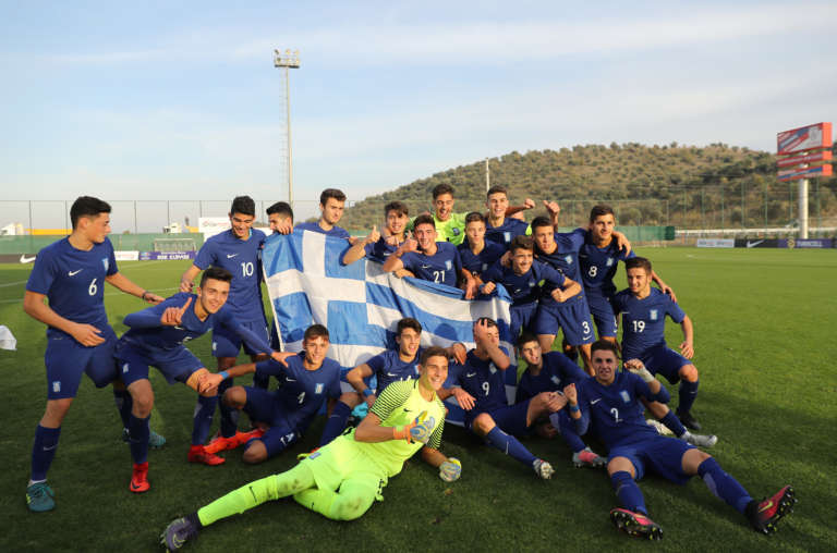Photos: Στιγμές απο τον θρίαμβο της Εθνικής Παίδων των Θρακιωτών μέσα στην Τουρκία και η απονομή του Aegean Cup