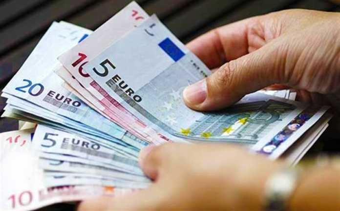 Νέο έκτακτο επίδομα έως 300 ευρώ σε οικογένειες με τουλάχιστον ένα ανήλικο μέλος