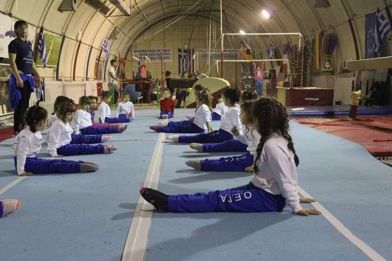 Χριστουγεννιάτικες επιδείξεις από τα κορίτσια μαζικού αθλητισμού του ΟΕΓΑ (photos)