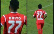 Επέστρεψε μετά απο δύο μήνες και αποθεώθηκε ο Αρμίντο Μπρίτο!(+pics)