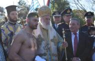 Ο πρώην Τζουντόκα και νυν μποξέρ που έπιασε τον σταυρό στον αγιασμό του Κόσυνθου!