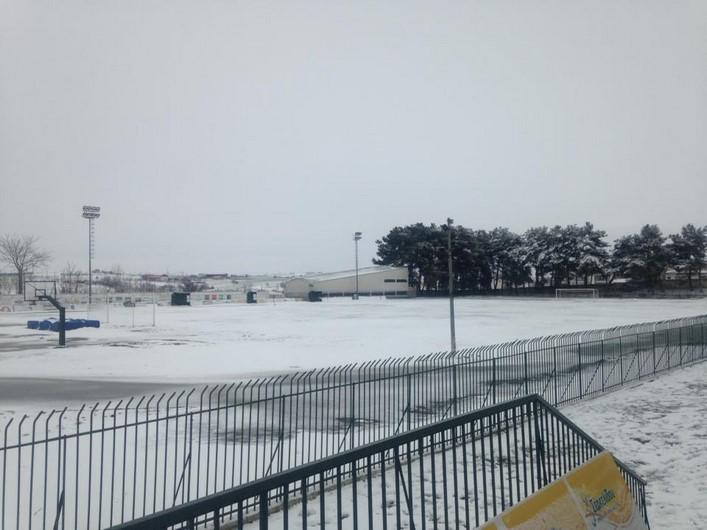 Καλύφθηκε από το χιόνι το Δημοτικό Στάδιο Διδυμοτείχου! (photos)
