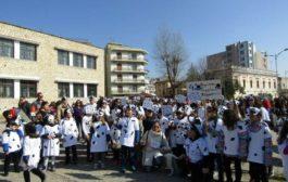 Εντυπωσίασε η μαθητική αποκριάτικη παρέλαση της Κομοτηνής! (photos)