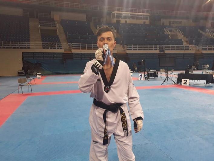 Υποψήφιος Νέος Αθλητής της χρονιάς: Λευτέρης Μπροντίδης
