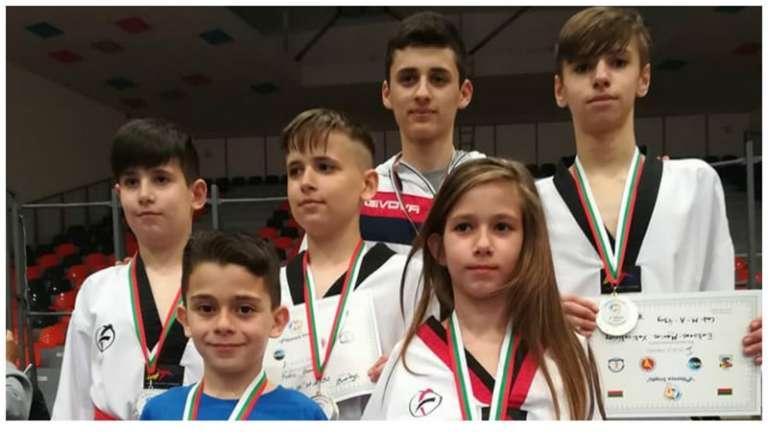 Με 4 μετάλλια επέστρεψε από τη Βουλγαρία το Α.Κ. Ταεκβοντό Ορεστιάδας!