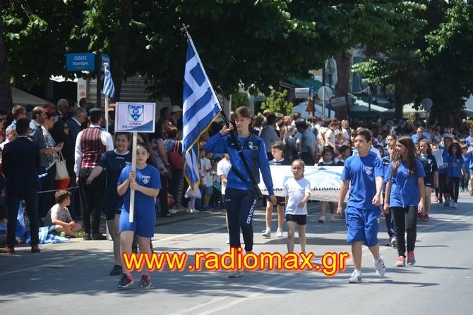 Εθνικός και ΝΟΑ στην παρέλαση της 14ης Μαΐου στην Αλεξανδρούπολη (photos)