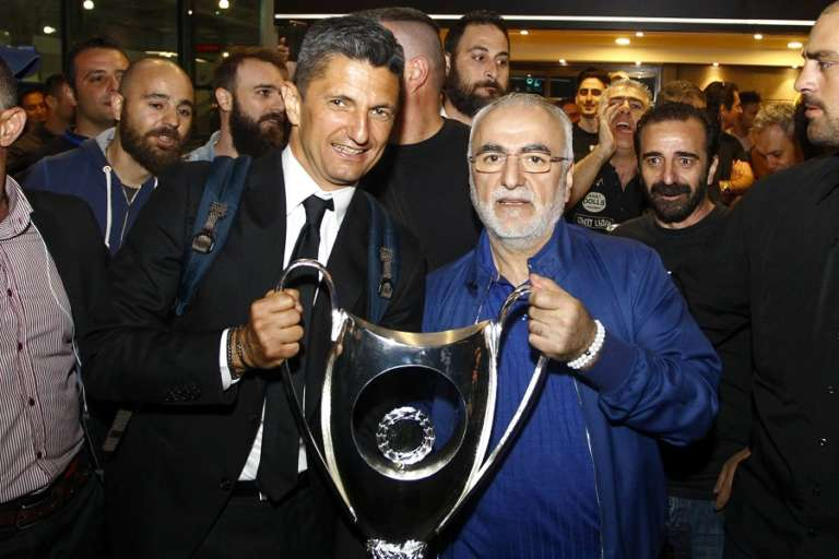 Κορυφαίος Ρουμάνος προπονητής αναδείχτηκε ο Ραζβάν Λουτσέσκου!