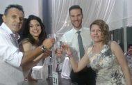 Γαμπρός ντύθηκε ο Βλάσης Καζάκης που παντρεύτηκε την αγαπημένη του Κάλλη παραμονή των 35ων γενεθλίων του!