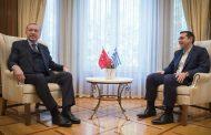 Την απελευθέρωση των δύο Ελλήνων στρατιωτικών ζήτησε από τον Ερντογάν ο Τσίπρας