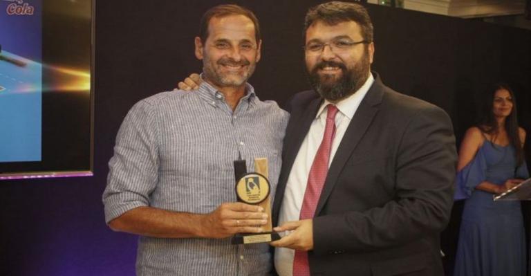 Βραβεύτηκε ως κορυφαίος προπονητής της χρονιάς ο Θανάσης Μουστακίδης!