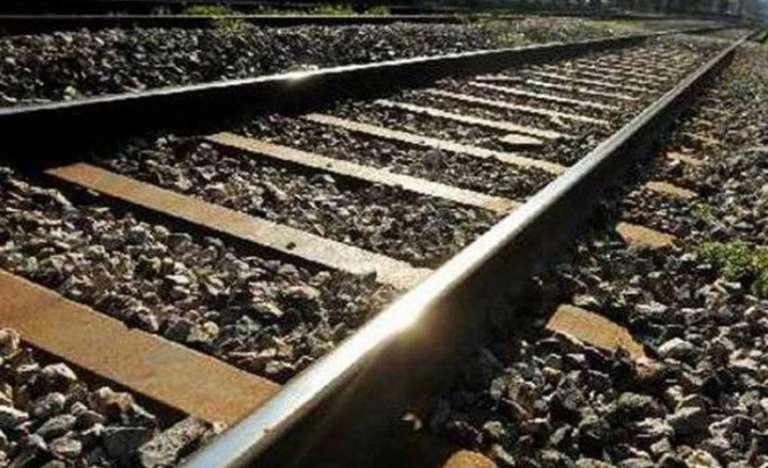 Έβρος: Νεκρός άνδρας που τον παρέσυρε σιδηροδρομική άμαξα