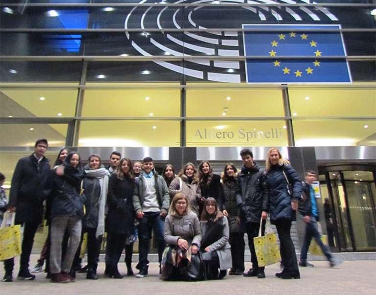 Στο Ευρωπαϊκό Κοινοβούλιο στις Βρυξέλλες μαθητές από την Αλεξ/πολη και την Ξάνθη