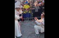 Πρόταση γάμου στο καρναβάλι της Ξάνθης!!!