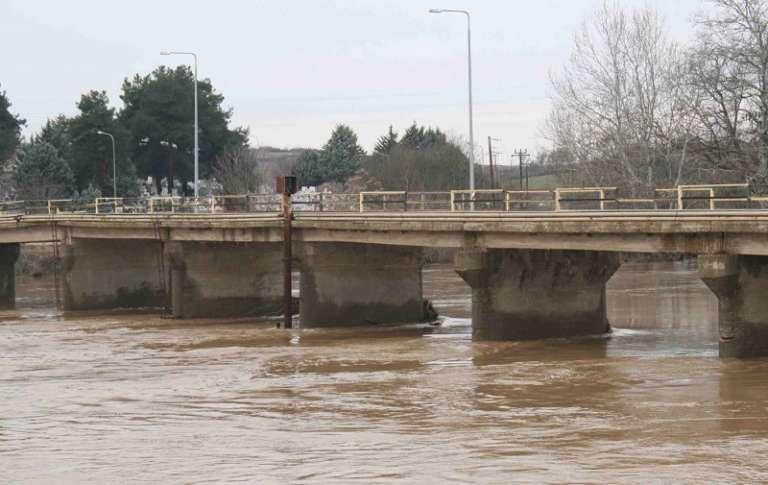 Διδυμότειχο: Άγνωστος έπεσε από την γέφυρα του Ερυθροποτάμου!