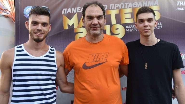 Νίκος, Βασίλης & Δημήτρης Μούχλιας στην πρώτη τους κοινή συνέντευξη! (video)