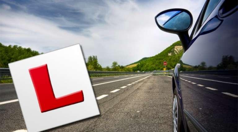 Με έναν εξεταστή αντί για δύο οι εξετάσεις των οδηγών στην ΑΜΘ!