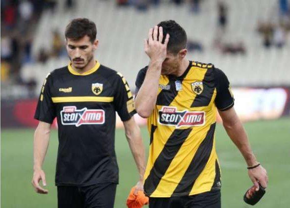 Τα δάκρυα του Θρακιώτη αρχηγού της ΑΕΚ Πέτρου Μάνταλου μετά την ήττα απο την πρώην ομάδα του!