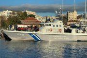 Αλεξανδρούπολη: «Φορτωμένο» μετανάστες έφτασε το σκάφος του λιμενικού στο λιμάνι!