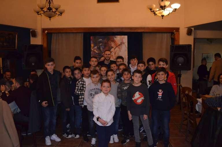 Σε οικογενειακό κλίμα με δώρα για τα παιδιά της Ακαδημίας ο Χριστουγεννιάτικος χορός της Βιστωνίδας!(+pics)