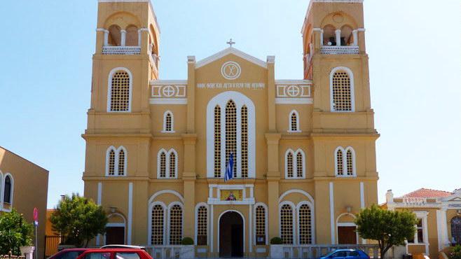 Μόνο την Κυριακή θα λειτουργούν οι εκκλησίες στην Αλεξανδρούπολη!