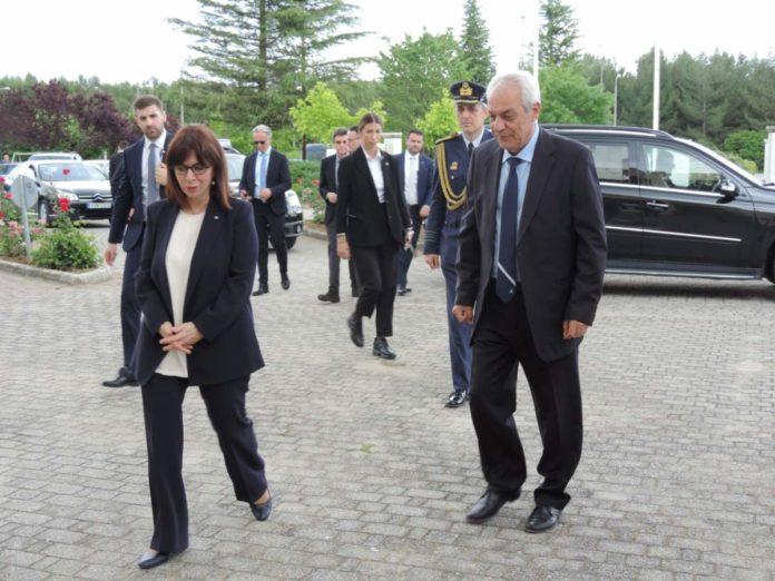 Επίσκεψη Κατερίνας Σακελλαροπούλου στο ΔΠΘ: Η ΠτΔ ενημερώθηκε για το έργο και τα προβλήματα του ιδρύματος