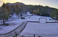 Έπεσαν τα πρώτα χιόνια στην ορεινή Ξάνθη!