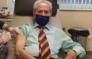 Εμβολιάστηκε κατά του κορονοϊού δίνοντας το παράδειγμα ο «Μαθουσάλας των γηπέδων» του Έβρου